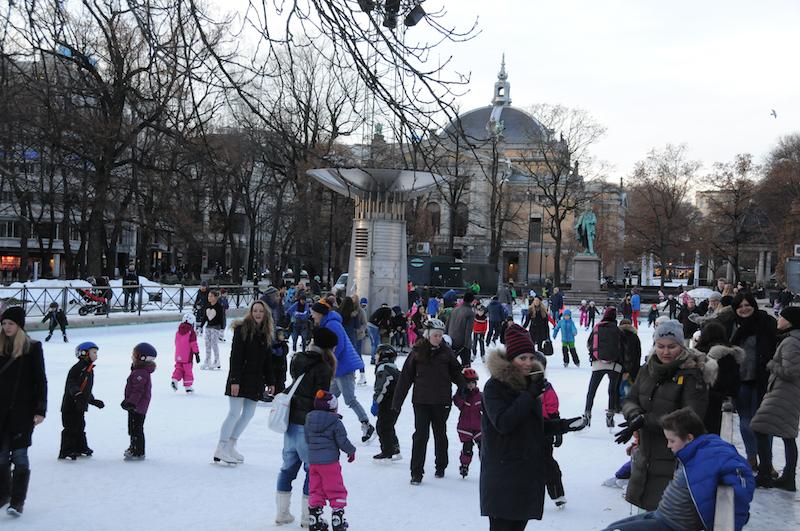 Eislaufvergnügen mitten in der Stadt